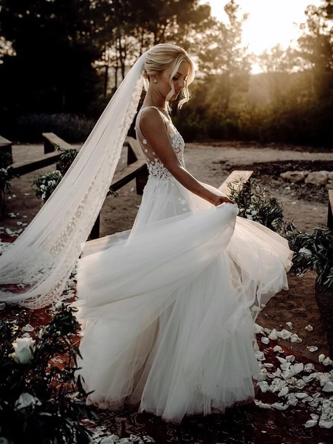 Chic A-line V neck Tulle Beach Court Train Rustic Wedding Dress ER2060