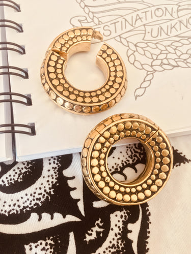 Brass circle hinged ear weight to fit stretched ears 12mm or bigger