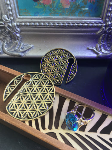 Brass round Flower of Life geometric pattern ear weight for stretched ears 8mm or above