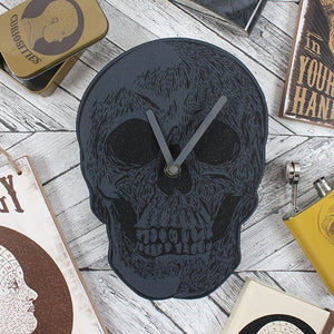 Wooden novelty blue skull shape battery operated analogue wall clock. Perfect gift for any goth, halloween or skull fan's room, comes gift boxed. Batteries not included.