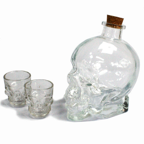 Glass skull whisky whiskey rum decanter with cork stopper and two glass skull tumblers, perfect gift set.