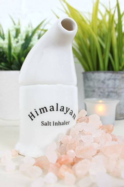 Halotherapy Speleotherapy Himalayan Salt ceramic inhaler with loose rock salt crystals, Use to aid the respiratory system and improve lung capacity.