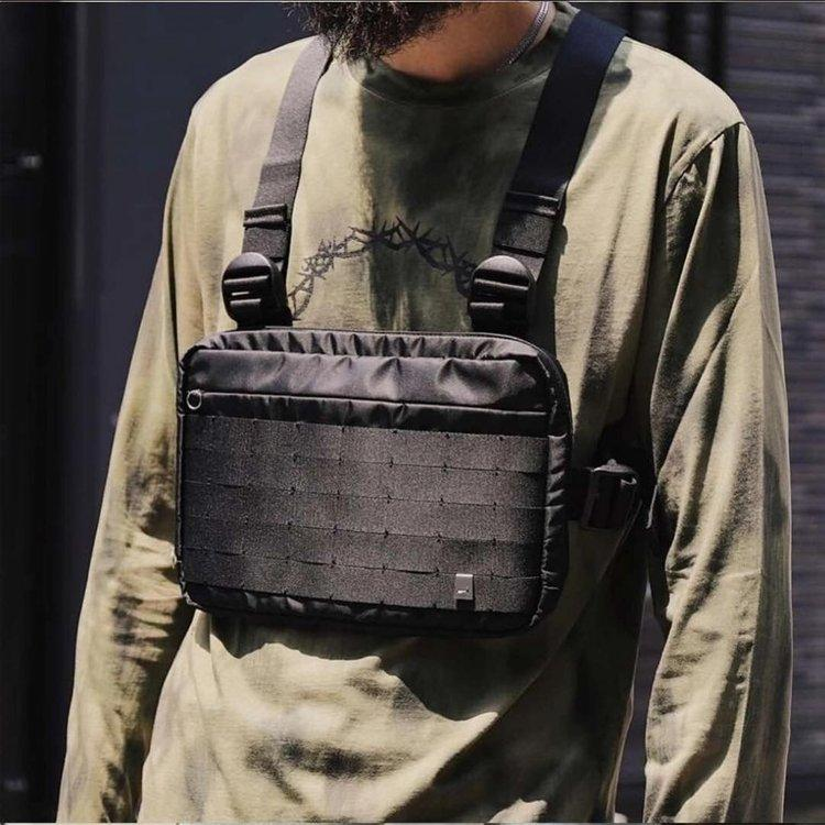 Rover Chest Bag