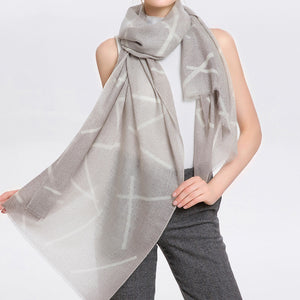 Wool Scarf Featherlight Medium Gray