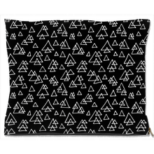 Load image into Gallery viewer, Scandi Triangles Dog Bed