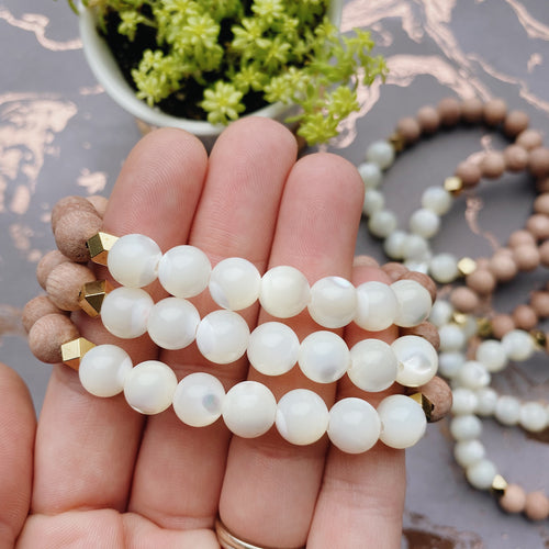 Mother of Pearls Rose Wood Essential Oil Diffusing Bracelet