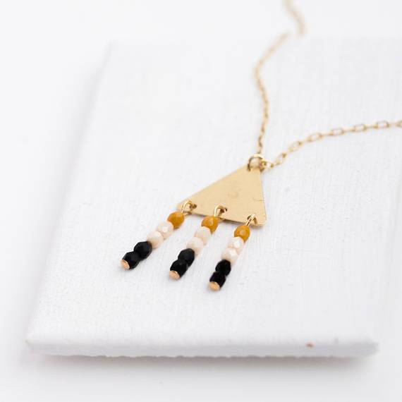 NEST PRETTY THINGS BLACK BEAD TRIANGLE NECKLACE