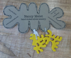 NANCY MELET HAND-LINKED JEWELRY