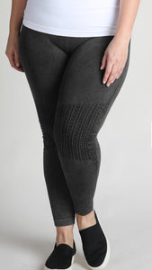 Vintage Knee Accent Legging