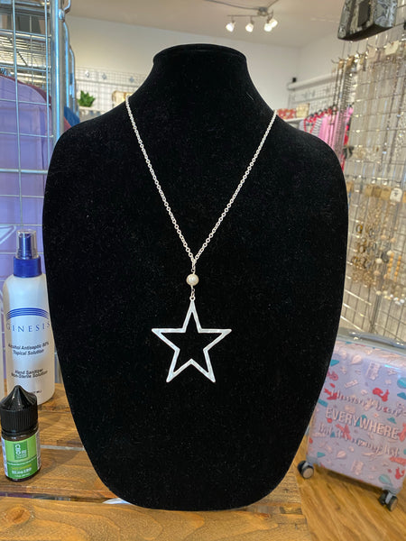 Star Necklace with Pearl