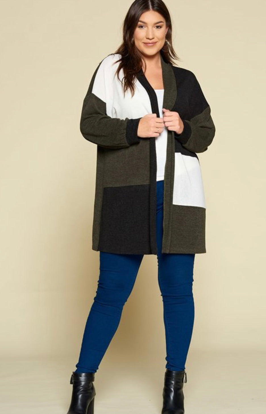 Pieces Of You Cardigan Curvy