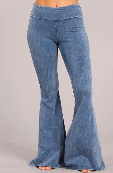 Mineral Wash Bell Bottom Pants with Pockets