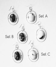 Load image into Gallery viewer, Leveled Earrings