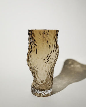 Ostrea ROCK GLASS Vase smoke HEIN Studio