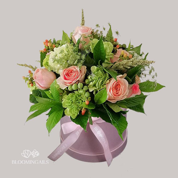 Pretty In Pink Boxed Bouquet-Image-1