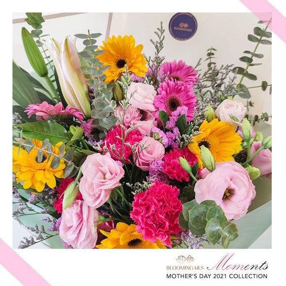 MOMents Florist Choice Large Bouquet