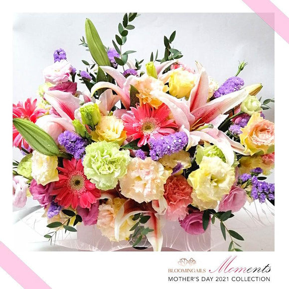 MOMents Florist Choice Love in a Box Classic