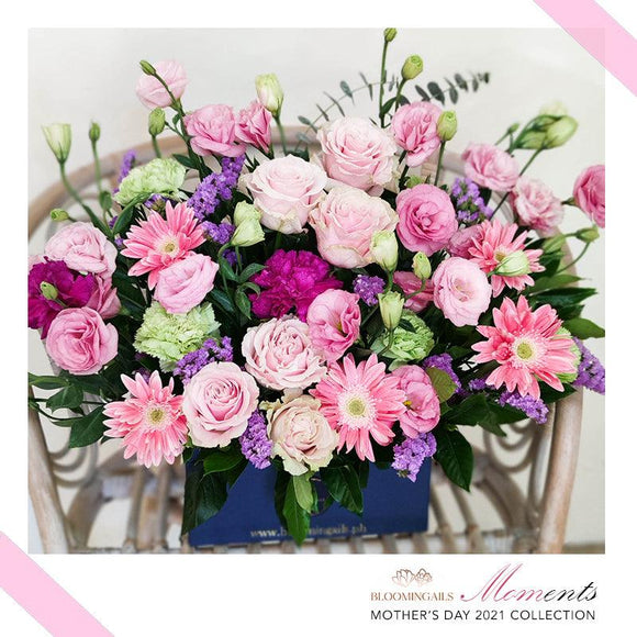 MOMents Florist Choice Love in a Box Grand