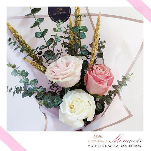 MOMents Sweet Trio Ecuadorian Roses