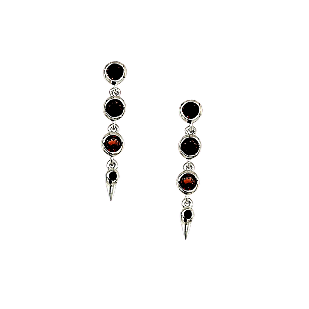 Medium Spike Earrings in Garnet