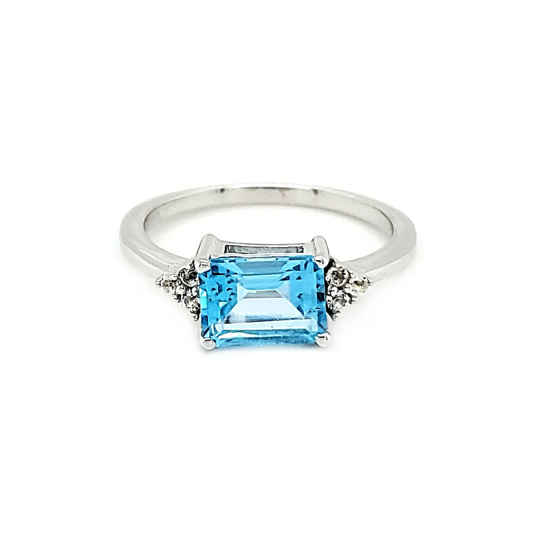 East West Accent Ring in Swiss Blue Topaz