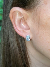Load image into Gallery viewer, 18K Aquamarine and Diamond Stud Earrings