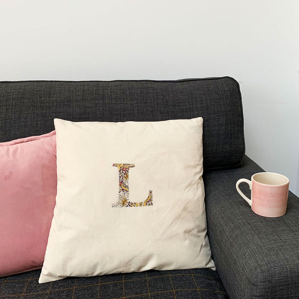 learn to sew this handmade cushion cover