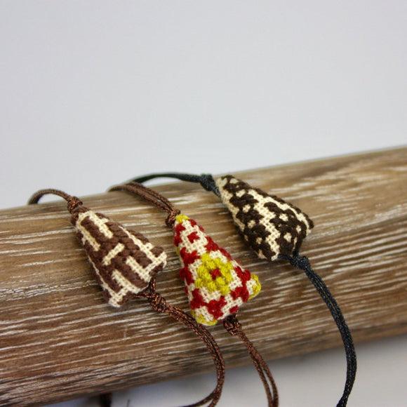 Pitsiriki Embroidered Bracelet