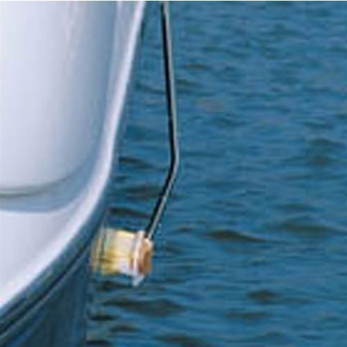 #102CH Shurhold Curved Adapter being used on boat hull close up