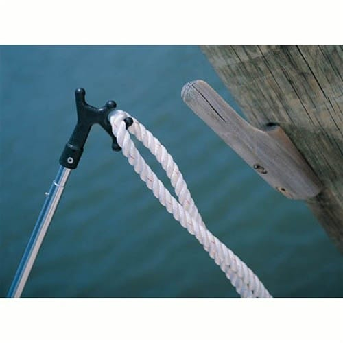 Shurhold Boat Hook hanging line on piling