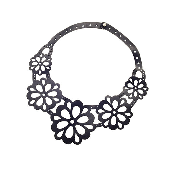 Necklace - Daisy