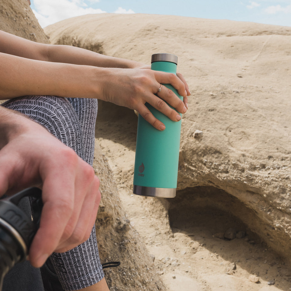 Mizu V6 Insulated Water Bottle