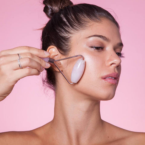 Skin Gym Rose Quartz Lift do twarzy, szyi i ciała - Beautyshop.ie