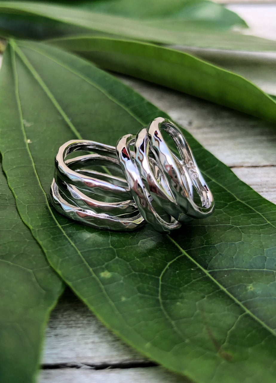 Women's 3-Band Hammered Wave Ring - Sterling Silver