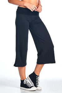 FRENCH TERRY YOGA CAPPRI PANTS