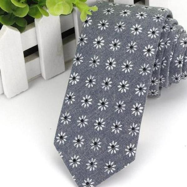 Grey Cotton Flower Skinny Tie