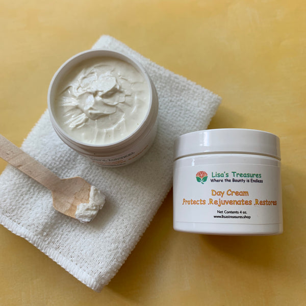 Lisa's Treasures Day Cream