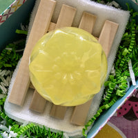 Lisa's Treasures Sweet Honeysuckle Soap