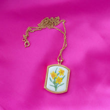 Spring Daffodil Pendant Necklace