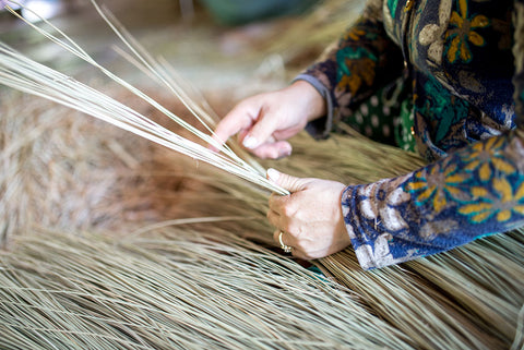 straw worker factory handmade