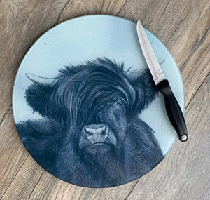 Black Highland Cow Round Worktop Saver