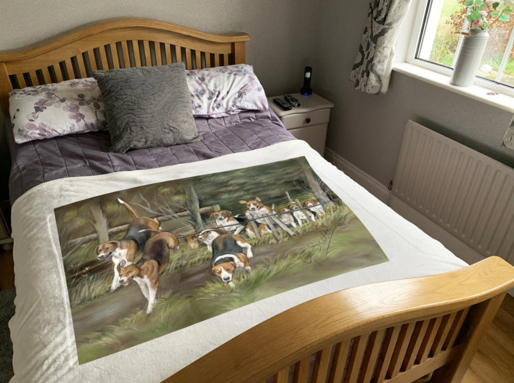 Hounds Jumping Hunting Themed Super Soft Blanket