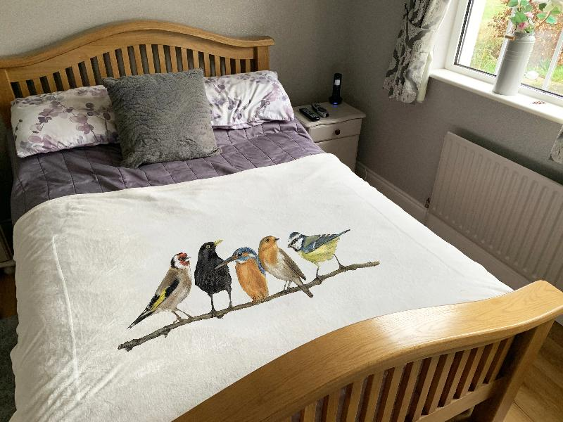 Row Of Garden Birds Super Soft Blanket