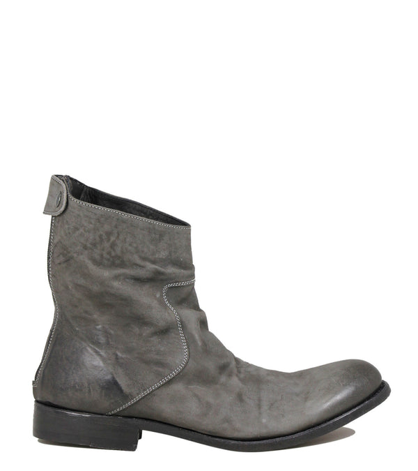 The Last Conspiracy Nicholas Mat Leather Warm Grey
