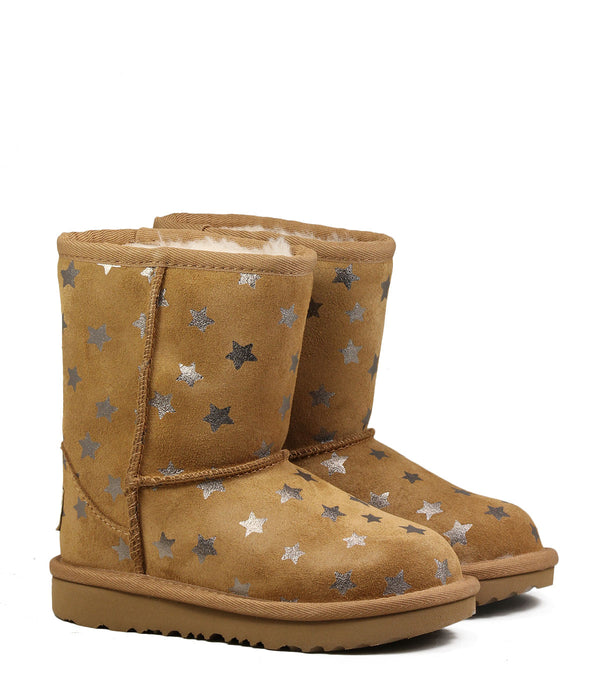 Boots fourrées UGG Classic Short II Stars Chestnut