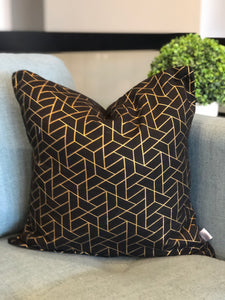 "18"" x 18"" Black and Gold Geo Decorative Throw Pillow Cover"
