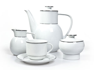 Porcelain coffee/tea set