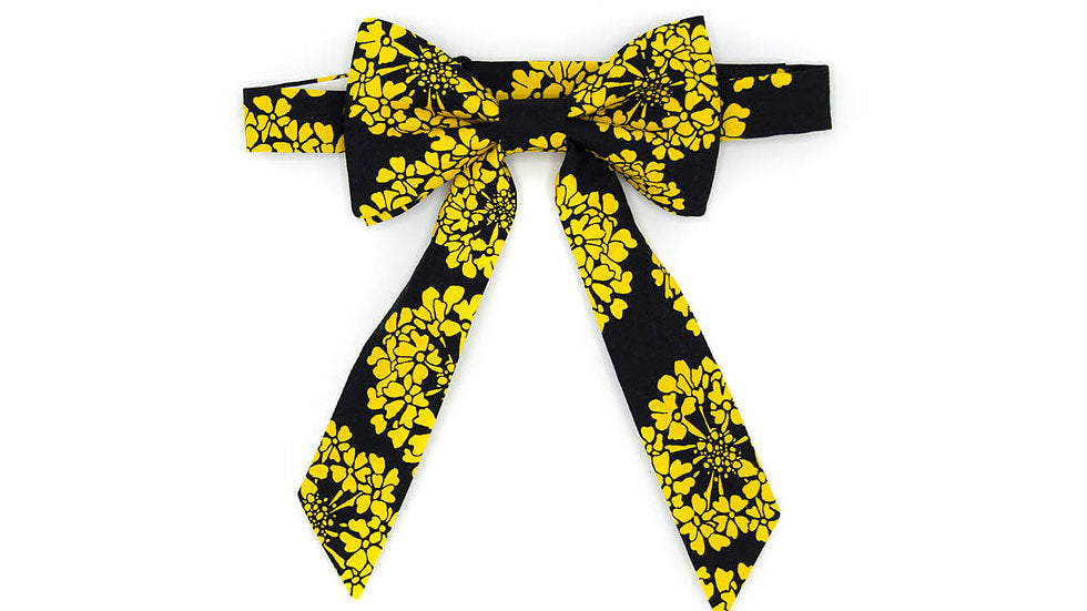 Floral Yellow on Black
