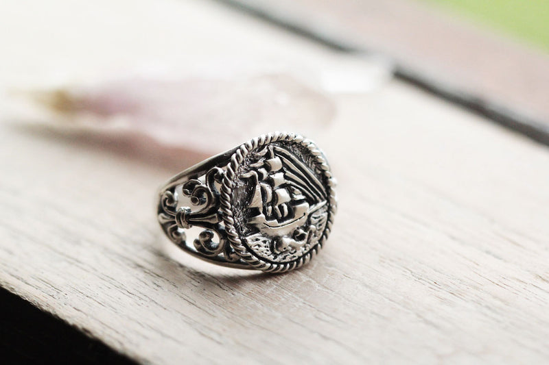 Sailor ring. Mens Filigree ring. Unique mens ring. Antique mens ring. Nautical Rustic mens ring. Hand Carved Solid 925 Sterling Silver.