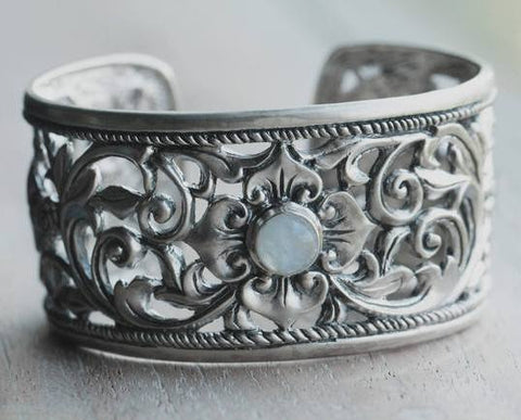 Countryside Cuff